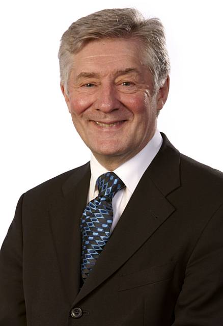 Greater Manchester Mayor Tony Lloyd launches mental health review