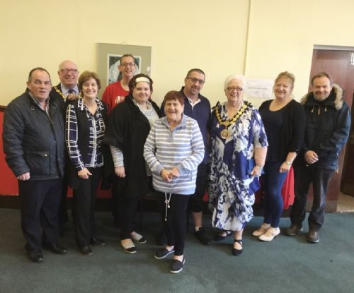 SALFORD MENTAL HEALTH SUPPORT GROUP THAT FOUGHT MAYOR NOW RECEIVES COUNCIL VISIT